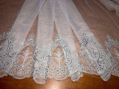 Гардина с вышивкой BRISTOL 6993, цвет серый V-3 недорого