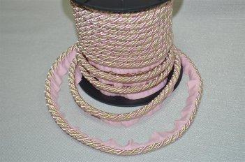 Шнур толстый цвет розово - бежевый
