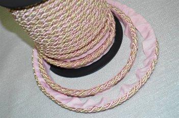 Шнур тонкий цвет розово - бежевый