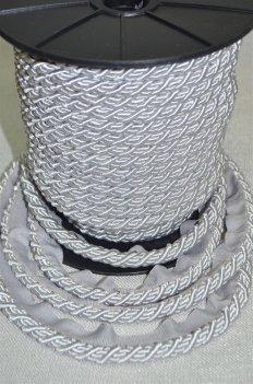 Шнур толстый цвет серебро