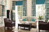Оформление гостинной классическими шторами