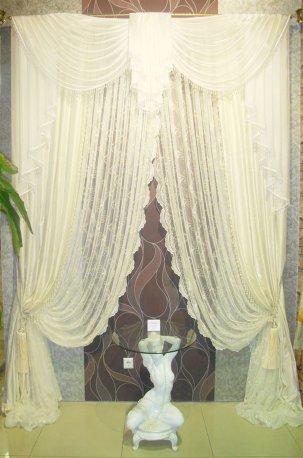 Нарядные легкие шторы в классическом стиле недорого