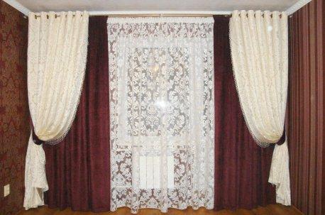 Простой и нарядный фасон штор для зала недорого