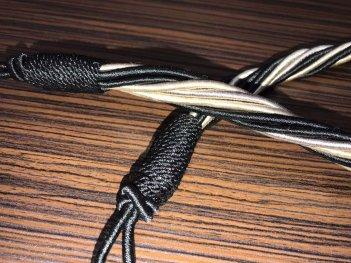 Стильный подхват для штор и тюлей крем-серый