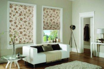 Римские шторы из цветочной ткани