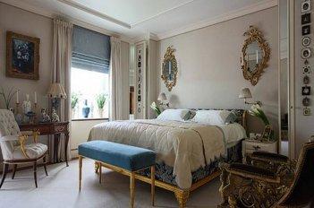 Римская штора на окне в спальне