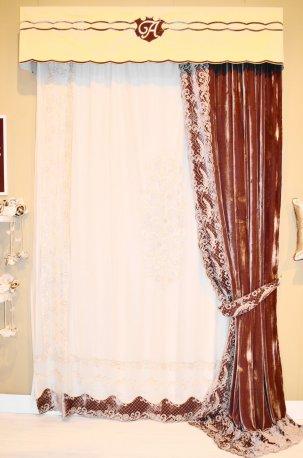 Жесткий ламбрекен и шторы из итальянского велюра недорого