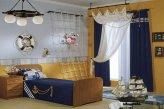 Пример оформления детской комнаты в морском стиле шторами