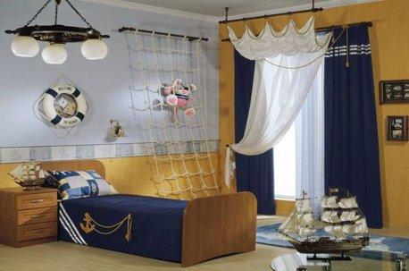 Пример оформления детской комнаты в морском стиле шторами недорого