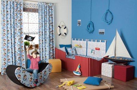 Детская комната в морском стиле с шторами из натуральной ткани недорого