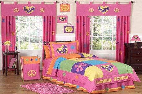 Яркая и веселая детская комната - каждому ребенку будет приятно находиться в ней  недорого