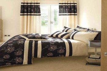 Комплект в спальне - шторы и покрывало из тканей - компаньонов